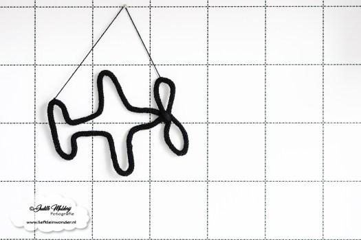 Punnik figuur zwart punnik naam houten speenkoord en zo review blog mama blog www.liefkleinwonder.nl