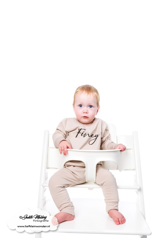 Little Adventure handgemaakte baby en kinderkleding nieuw collectie winter FInley Tripp Trapp stokke stoel sticker naamsticker review mama blog