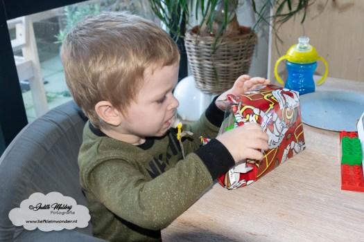 de kraamweek dagen eerste nacht borstvoeding kraamverzorgster kraamzorg baby grote broer kleertjes prenatal maat 50 44 mama blog fotograaf brandrep www.liefkleinwonder.nl