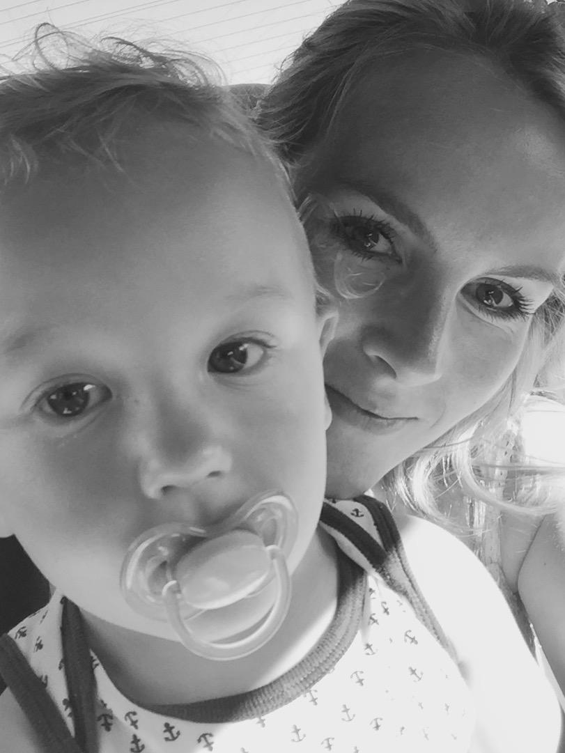 Baby naar bed zonder huilen - Ik Ben Een Vaatdoek Geworden Een Overlopende Emmer Tenminste Als Het Over Mijn Spruit Gaat Zo N Moeder Ben Ik Dus Geworden Volledig Automatisch Zonder