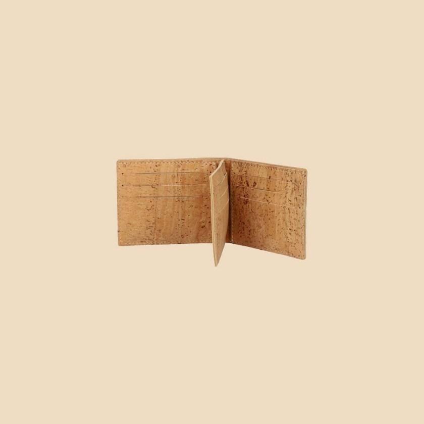 Portefeuille en liège modèle Brahma vue face ouvert couleur naturel