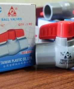 Van nhựa PVC tay khóa đỏ