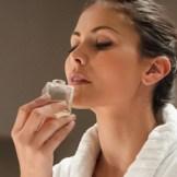 自分だけのオリジナルの香り♪手作り香水の作り方8つのステップ