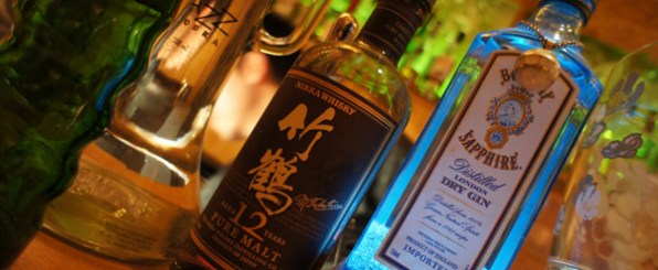 アルコールが肌に与える7つの悪影響