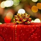 彼氏へのクリスマスプレゼント♪男性が喜ぶものって?