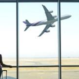 空港での長い待ち時間を退屈せずに楽しむ方法