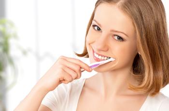 350 歯磨き 歯ブラシ 口