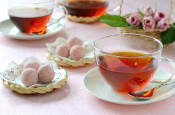 ティータイム 紅茶とお菓子