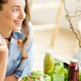 初夏に起きやすい体調不良に積極的に摂るとよい食材