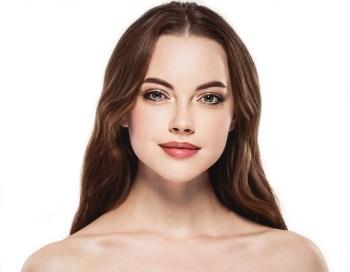 若く綺麗な女性