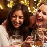 飲み会続きでも大丈夫!年末年始の食べすぎ飲みすぎに効く食べ物と飲み物!
