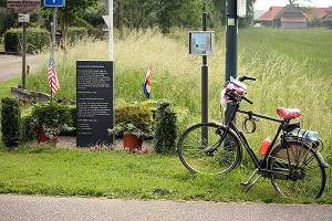 Monument WOlfswinkel voormalige Amerikaanse begraafplaats