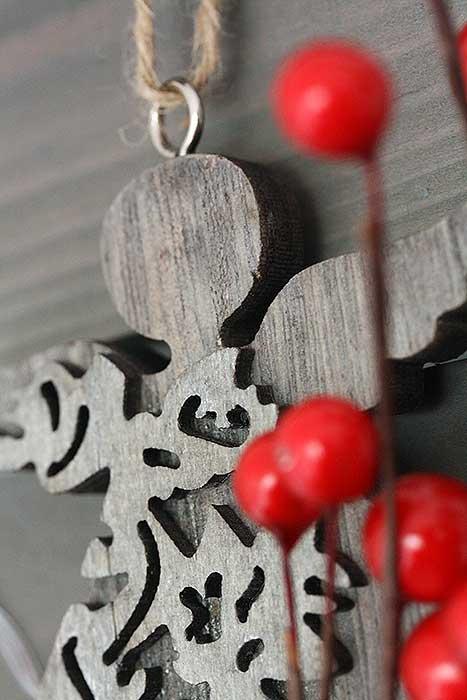 Engel ornamenten in houten kerstboom Action