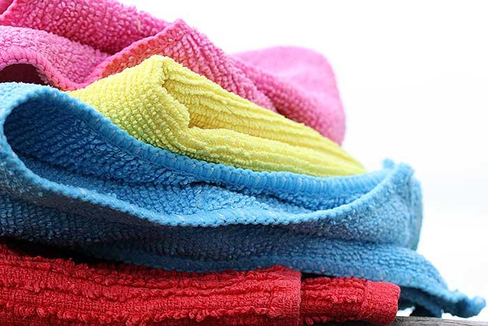 Schoonmaakdoekjes oftewel lappie en doekie.