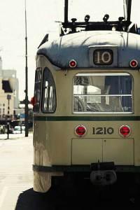 Prachtige oude tram in Scheveningen