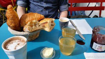 """Breakfast at """"L'Estaminet"""""""