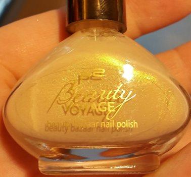 LE-P2-Beauty-Voyage-Limied-Edition-Kabuki-Nagellack-Lippenstift-Augenbrauengel-swatches-lieselotteloves (5)
