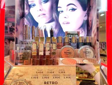 Retro-repeats-p2-dm-haul-lieselotteloves-swatch-swatches-review-meinung-blog-lieselotteloves-Limited-Edition-LE (9)