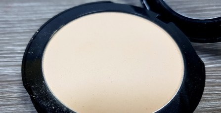 lieselotteloves-revlon-review-rossmann-make-up-foundation-primer-stay-gut-schlecht-meinung-blog-blogger-test (16)