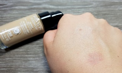 lieselotteloves-revlon-review-rossmann-make-up-foundation-primer-stay-gut-schlecht-meinung-blog-blogger-test (6)