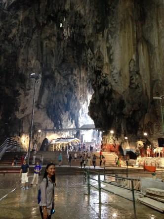 di dalam cave