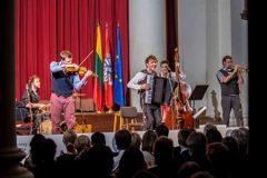 Martyno Levickio ir grupės koncertas pradėjo Lietuvos pirmininkavimo ES kultūros programą Londone