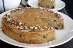 Kavos pyragas su grietine
