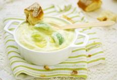 Kreminė žiedinių kopūstų sriuba su briuseliniais kopūstais