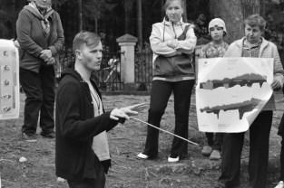Simonas Saarman pasitelkdamas žemėlapius primena apie ledynmečius