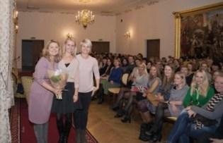 Susitikimas su Beata Nicholson ir Odeta Bložiene