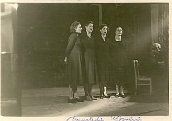 Moterų kvartetas Užpaliuose dirbant Macijauskams