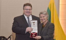"""JAV lietuvių bendruomenė apdovanota """"Lietuvos diplomatijos žvaigžde"""""""