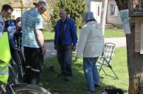 Degėsių k. gyventojas R. Kringelis perduoda žinias apie kaimiškus rakandus