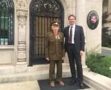 Ambasadorius su J.Jakavoniu-Tigru prie ambasados