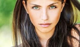 Plaukų priežiūra vasarą: taisyklės bei niuansai