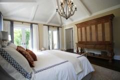 Baldai: miegamojo lovos – ką rinktis vertinantiems klasikinį stilių?