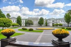 Prezidento rūmų parke atgims laisvės kovų ir tremties istorija