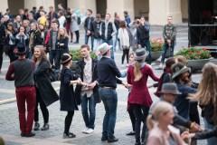 Vilniuje – masinė liaudies šokių pamoka