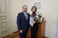 Pasaulinį pripažinimą pelniusiai operos solistei Asmik Grigorian įteikta Kultūros ministerijos premija