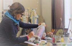 """Dailininkė Asta Keraitienė: """"Meniškos dovanos turi savo energiją, šilumą ir visada bus prasmingos"""""""