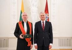 Už nuopelnus Lietuvai – valstybiniai apdovanojimai