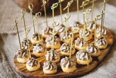 Sūrio sausainiai su grybų kremu