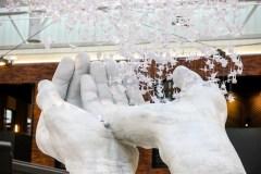 Kaune pristatyta Č. Sugiharai skirta įspūdinga meninė instaliacija