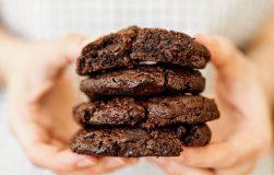 Šokoladiniai mini pyragėliai