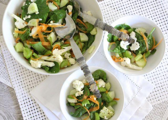 Simple Detox Salad