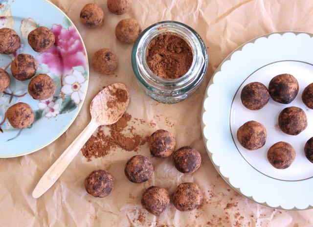 Raw Chocolate Truffle Balls