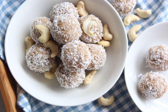 Cashew & Coconut Bliss Balls