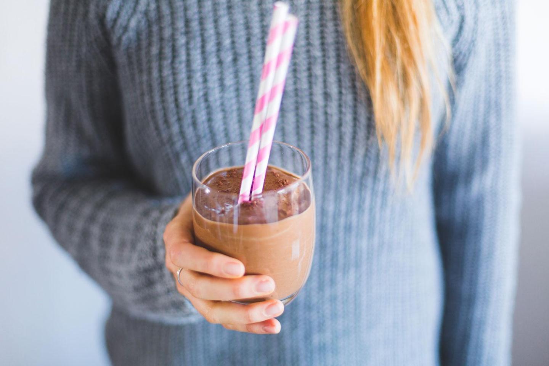 Skinny Chocolate Smoothie (sugar-free, dairy-free)