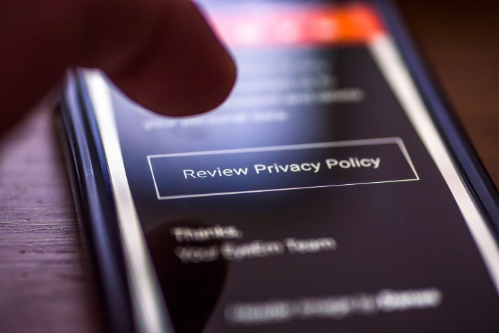 Contradicting Privacy Policies Of Android Apps