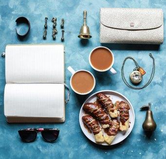 日記と食事は同じ席にあるべきものです。